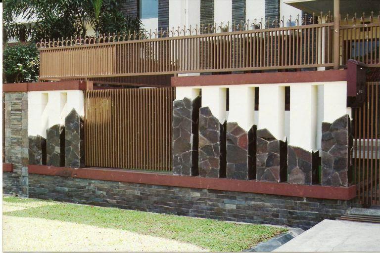 Model Pagar Tembok Besi Rumah Minimalis