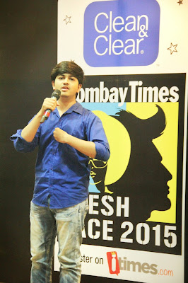Manas Madrecha Bombay times fresh face 2015 auditions, Manas Madrecha, Manas Madrecha poet, Manas Madrecha poems, boy holding mike, self-help blog, inspirational poems, motivator, simplifying universe