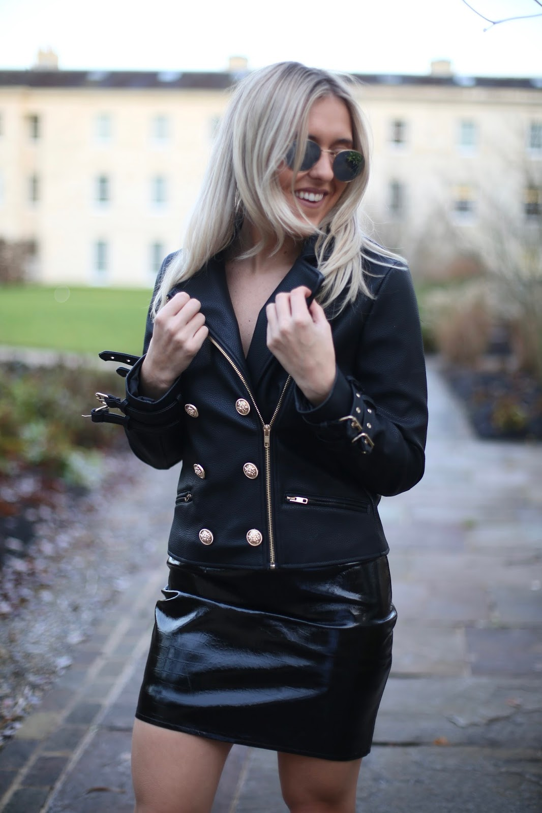 d4fef0fb4868 Winter Party Outfit Ideas