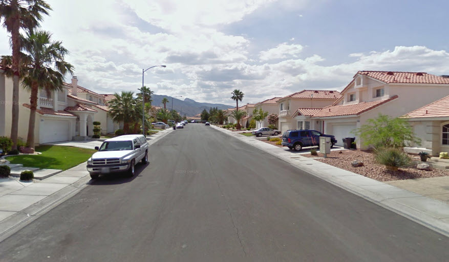 Old Urbanist Setbacks Suburbs And The American Front Lawn