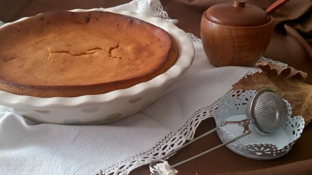 Tarta de batata asada y chocolate blanco. Receta de otoño con boniatos camote papa dulce. Horno. Recetas sencillas y bonitas. Cuca. Postre, merienda.