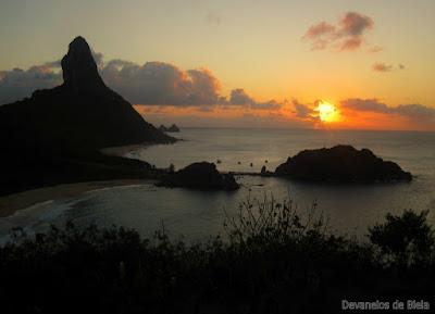 Fernando de Noronha - pôr do sol no Forte dos Remédios