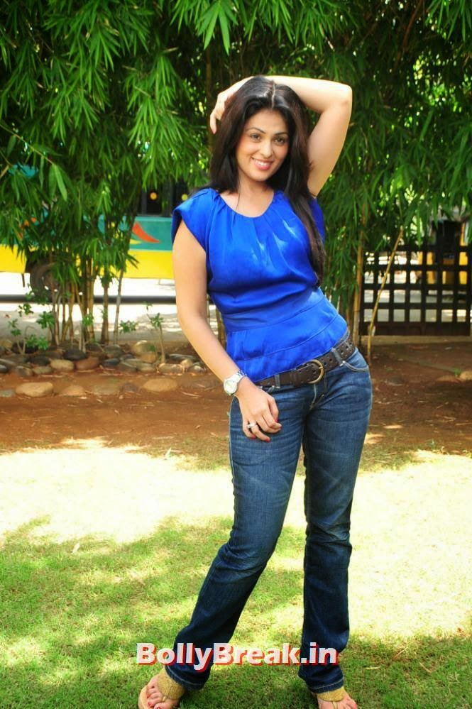 High Quality Anjana Sukhani Pics, Anjana Sukhani Latest Pics in Blue Top & Jeans