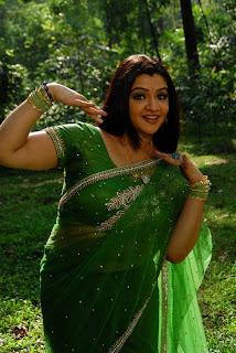 Azhagiya Vanamum Arputha Siruvanum Movie Stills( (22).jpg