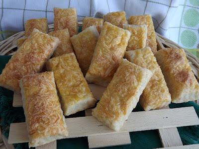 Ecetes füstölt sajtos lapok