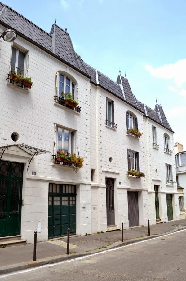 art et glam la rue santos dumont paris 15e sur les pas de georges brassens. Black Bedroom Furniture Sets. Home Design Ideas