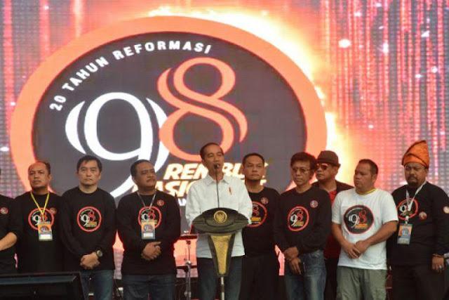 Dulu Aktivis 98 Lengserkan Soeharto karena Dolar dan BBM Naik, Kini Situasi Sama Malah Dukung Jokowi
