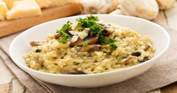 Risotto de hongos y parmesano