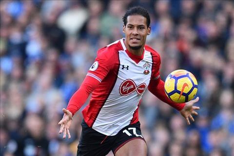 Phong cách chơi bóng của Virgil Van Dijk gợi nhớ bóng dáng Rio Ferdinand