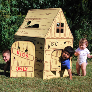 Easy Playhouse Cabin