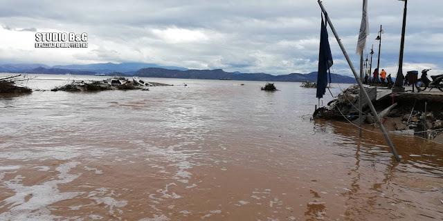 Τεράστιες ζημιές στο Κιβερι Αργολίδας - Σχεδόν εξαφανίστηκε το λιμάνι