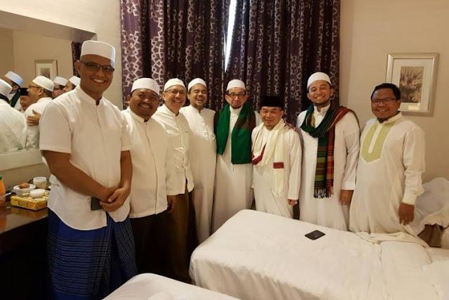 Musim Haji Berakhir, Rizieq Shihab Tak Kunjung Pulang