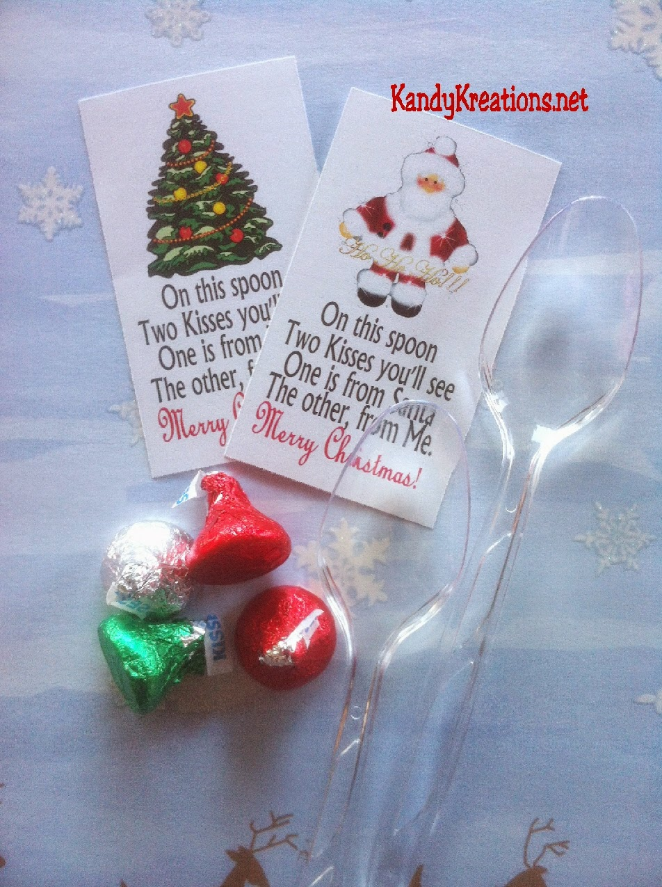 Are you looking for an easy and sweet gift idea for your class or friends? This Christmas spoon is a quick gift that you can give using a spoon, Hershey kisses, and these cute poem printables.  Poem works for both Santa and Jesus depending upon your gift giving needs.