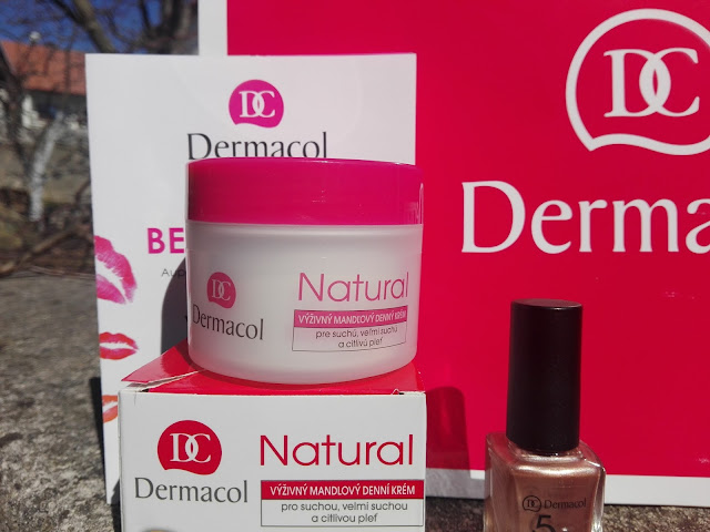 Natural mandľový krém značka Dermacol