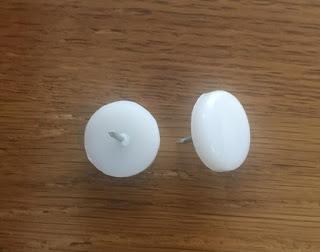 Đinh dù nhựa trắng 8x15