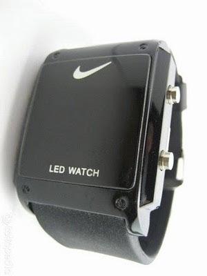 Młodzieńczy NIKE LED WATCH SQUARE BLACK - IndryHdr.Shop DO21
