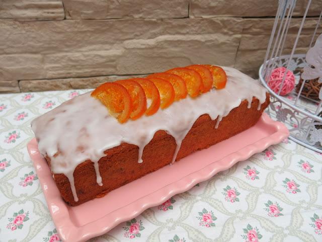 PLUM CAKE CON FRUTAS CONFITADAS