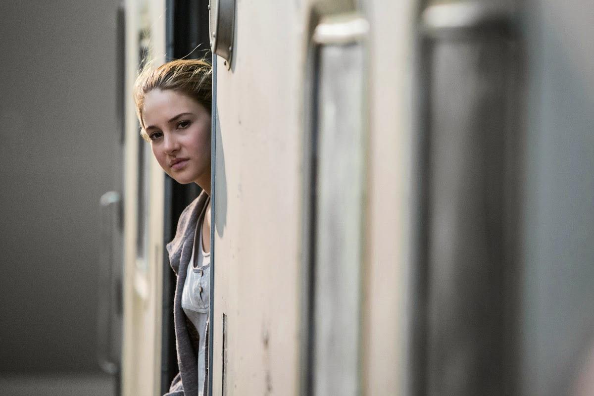 The Divergent Life: 3 New DIVERGENT Movie Stills + Interview