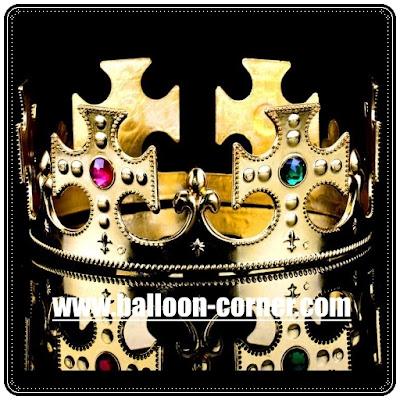 Mahkota Raja Untuk Pesta Ulang Tahun Dewasa