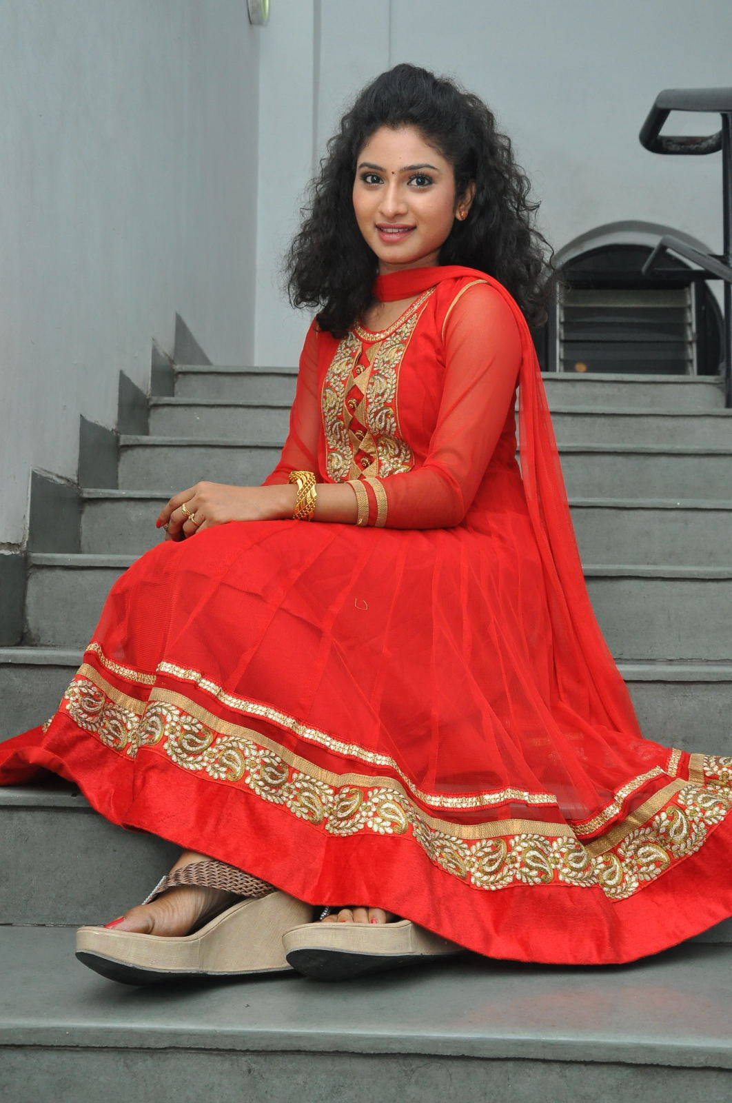 Tollywood Actress Vishnu Priya Stills In Red Salwar Kameez
