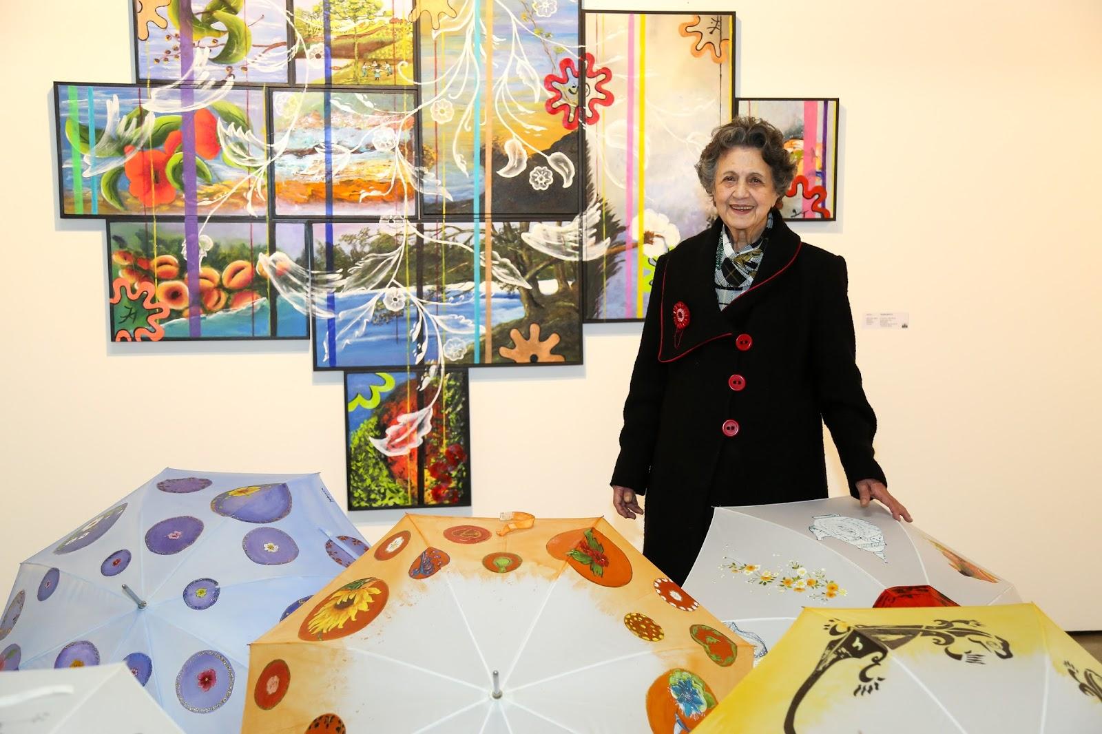 Com a curadoria de Edilson Viriato, as artistas plásticas Ana Serafin,  Denise Abujamra, Elisiane Corrêa, Jayabujamra, Marinice Costa e Soraya  Milani ... 471ed9d354