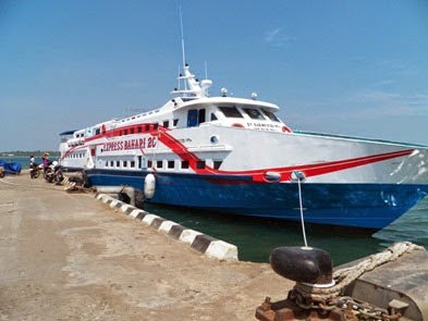 kapal cepat Express karimunjawa