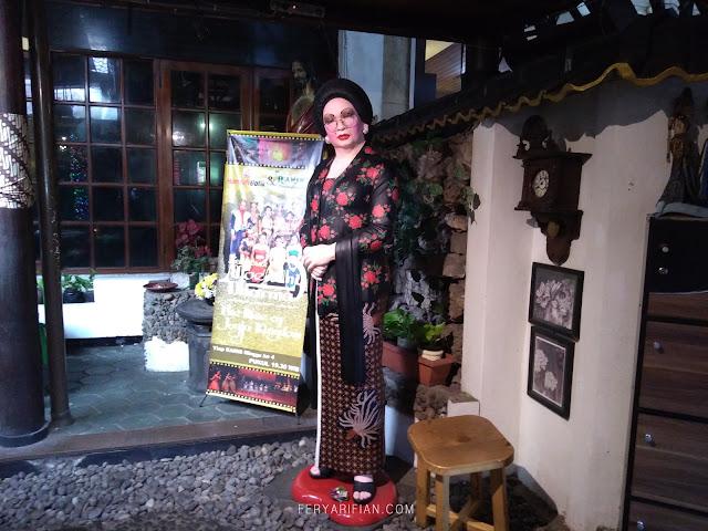 feryarifian food travel blogger malang backpacking ke jogja house of raminten