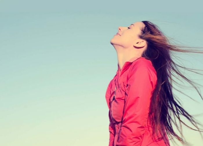 Ocho pasos para convertir la tristeza en alegría con la respiración