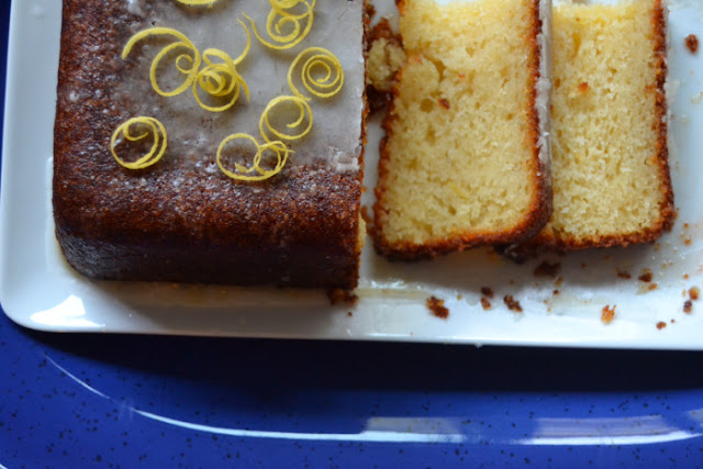 Featured Recipe | Lemon Drizzle Loaf Cake from Why I Am Not Skinny #SecretRecipeClub #cake #lemon #summer #spring #recipe