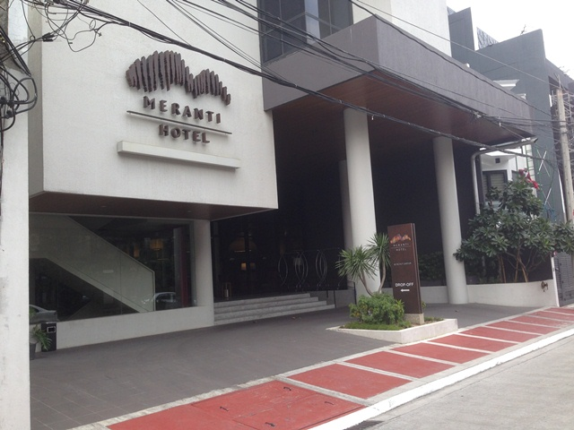 Meranti Hotel Is Located In The Streets Of Quezon City Scout Lozano