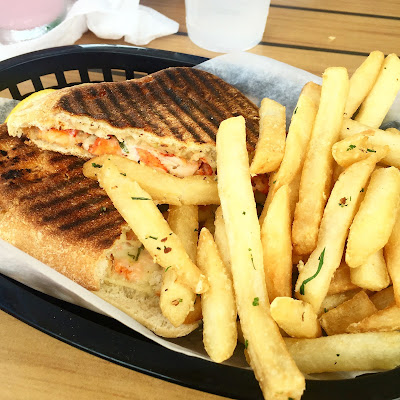lobster grilled cheese-summer