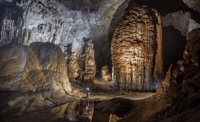Las estalagmitas más grandes del mundo - Hang Son Doong
