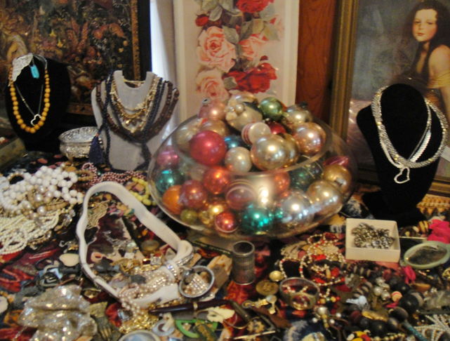 vintage costume jewelry set