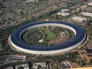 Apple perusahaan teknologi yang terbesar dan digemari di Indonesia dan dunia