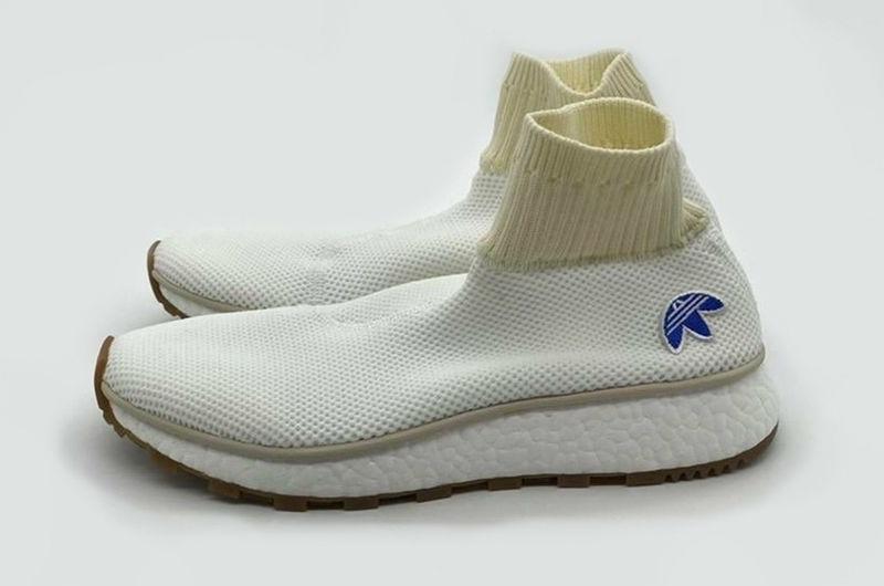 Disgusto Te mejorarás Estudiante  Tecnoneo: Las zapatillas de deporte Adidas Alexander Wang se adaptan  perfectamente al pie