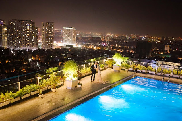Trill Rooftop Cafe – Place to see Hanoi from above 2