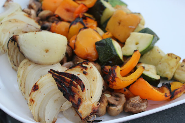 Delicious Dishings Backyard Barbecue With Mccormick Grill