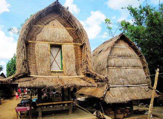 Backpacker ke Rumah Adat Dusun Sade di Lombok