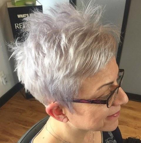 Potongan Rambut Spiky