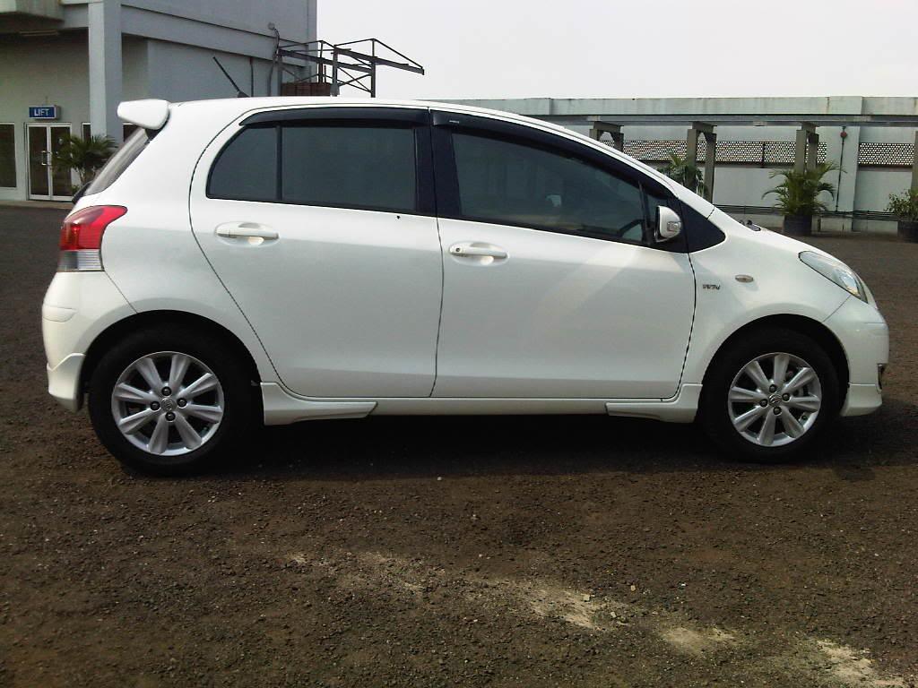 Toyota Yaris Trd Merah Grand New Veloz Ring 17 Iklan Bisnis Samarinda Dijual Mobil Putih M T 2009