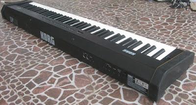 Cửa Hàng Bán Đàn Piano Điện Korg SP100 Chính Hãng Tphcm