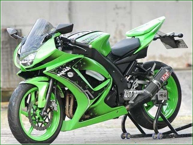 Modifikasi Standard Hijau Hitam Original - Contoh Gambar Dan Foto Konsep Desain Modifikasi Kawasaki Ninja 4 Tak 250cc Sporti Ala Moge Keren Banget