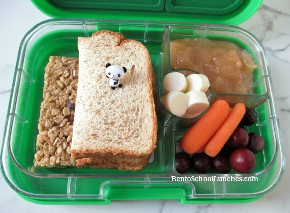 Simple Sandwich Lunch in Yumbox Panino