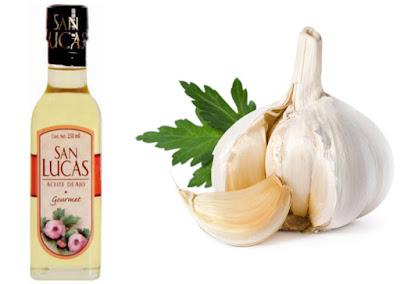 Con aceite de ajo quita los hongos