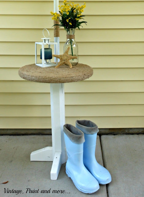 Vintage, Paint and more... DIY wood table wrapped with twine for a beach decor