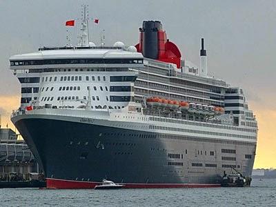 Tàu du lịch Dinamond Princess 5 sao cập cảng Quốc Tế SP-PSA
