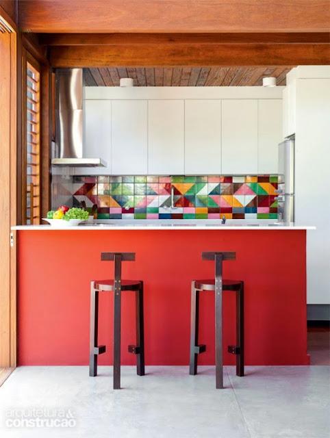 Dise os de cocinas peque as con desayunadores for Disenos de cocinas pequenas con barra