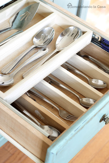 utensils kitchen drawer turned from single to double drawer layer.