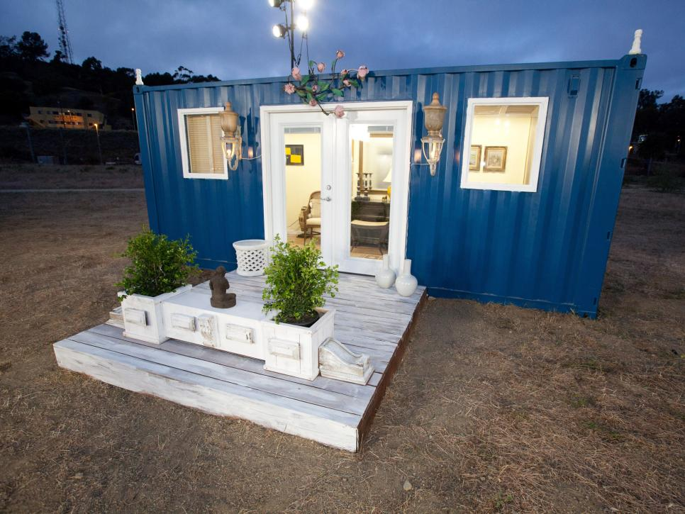 Tiny house town tom 39 s shipping container home - Design a shipping container home ...