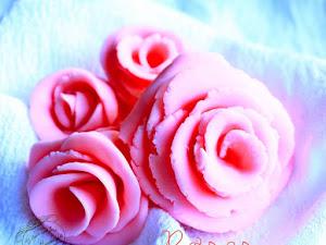Rose en pâte à sucre ou pâte d'amande (sans matériel)